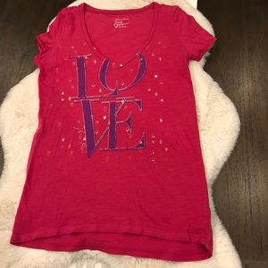 American Eagle pink v neck love tee purple